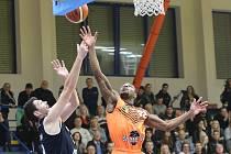 Severočeské basketbalové derby Ústí nad Labem - Děčín.