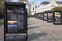 Na Lidickém náměstí v Ústí nad Labem je putovní výstava Voda a civilizace.