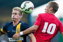 Ústečtí fotbalisté (červení) prohráli v Opavě 0:1.