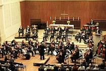 Květnová vystoupení Česko–německého neprofesionálního symfonického orchestru byla opravdu úspěšná.