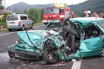 Vysoká rychlost a nesprávný způsob jízdy, to jsou hlavní příčiny smrtelné středeční dopravní nehody.