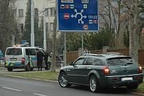 Nehoda luxusního automobilu na Klíši.