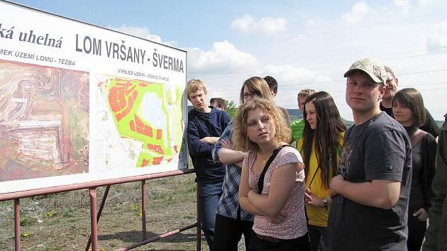 Exkurze studentů z Technické univerzity v Chemnitz v lomu Vršany v Mostě byla také součástí vysokoškolské návštěvy.