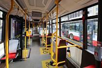 Bylo by ideální, kdyby trolejbusy vyjížděly s otevřenými okny, míní  Jitka Polanská.