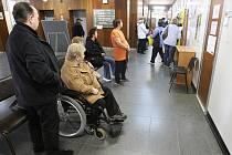 Bez velkých front. Handicapovaní ve středu vyřídili své záležitosti za pár minut.