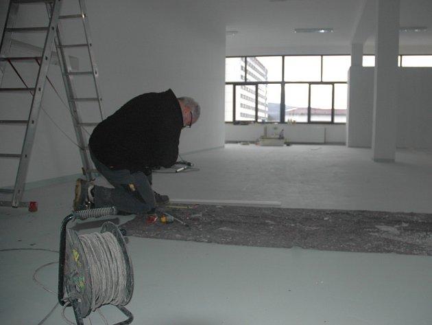 V DOMĚ UMĚNÍ probíhají v současnosti poslední rekonstrukční práce.