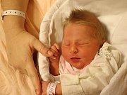 Emča Löflerová se narodila Monice Löflerové z Ústí nad Labem 31. října v 22.21 hod. v ústecké porodnici. Měřila 48 cm a vážila 3,15 kg