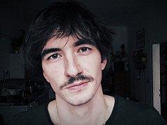 Písničkář a reportér Petr Lüftner
