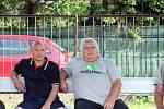 Ve třetím kole Korona Cupu porazil tým Svádova - Olšinek (zelenočerní) soupeře z Libochovic (modří) 6:4. Nejvěrnější fanoušci Svádova - Olšinek.