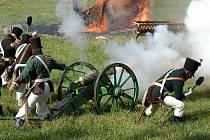 Chlumec a Přestanov si výročí bitvy připomínají rekonstrukcí. Aby ne, když Chlumec, Varvažov, Přestanov, Chabařovice, Stradov a okolní usedlosti padly za oběť bojům.
