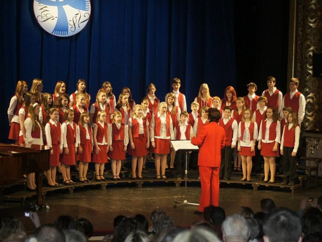 Ústecký dětský sbor na dubnovém festivalu.