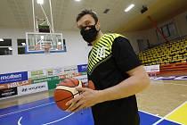 Ústecký basketbalista Pavel Houška během Kooperativa NBL Shootout. Pálil v soutěžním klání za Ústí naposledy?