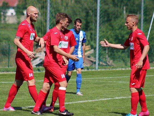 Fotbalisté Army porazili na soustředění v Heřmanicích juniory Liberce vysoko 7:2.