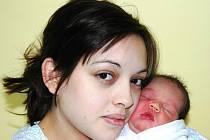 Tereza Dudová, porodila v ústecké porodnici dne 28. 12. 2011 (11.00) dceru Karolínku (48 cm, 2,83 kg).