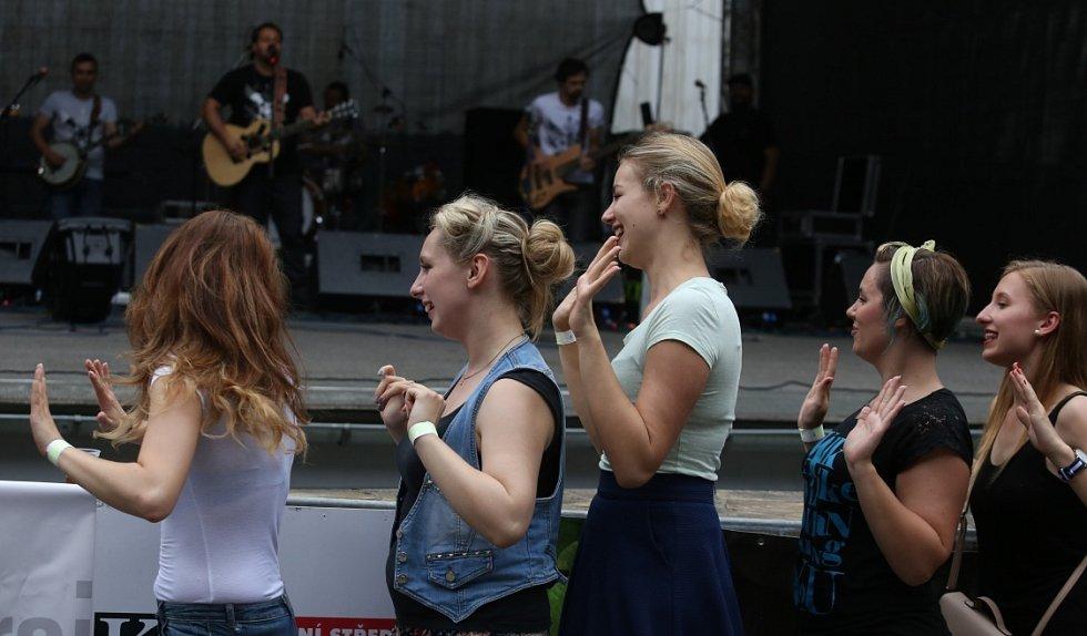 Festival Porta oslavil 50 let existence. Hlavní program bavil návštěvníky v sobotu v Letním kině.