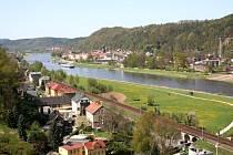 Nejznámější vyhlídka Saského Švýcarska, pískovcová formace Bastei, poznamenala i další dvě zdejší vyhlídkové plošiny. Obě nesou shodné pojmenování, Malá Bastei.