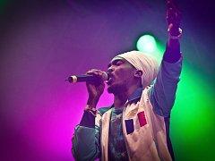 Do varu publikum dostane pravý Jamajčan Anthony B. Ač to má i ve jméně, rozhodně není žádné béčko!