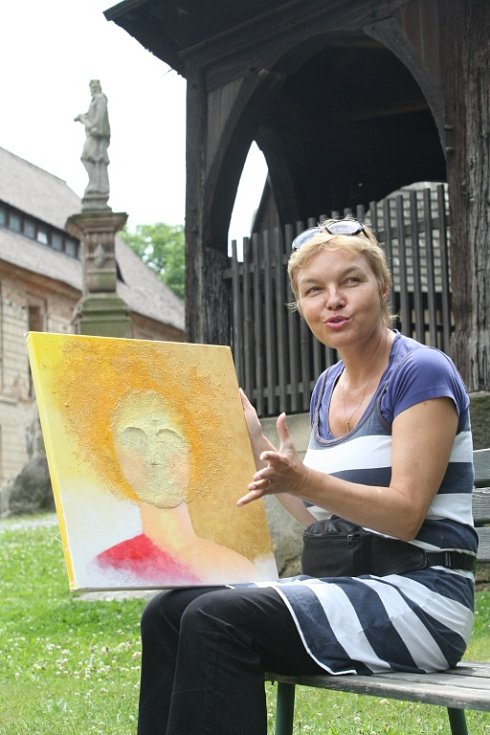 Fotografie, obrazy, plastiky i další díla 11 umělců z ČR i SRN představí vernisáž v sobotu od 18.00 v Zubrnicích.