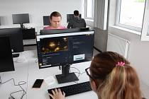 Přírodovědná fakulta UJEP otevírá nové programy zaměřené na informatiku.