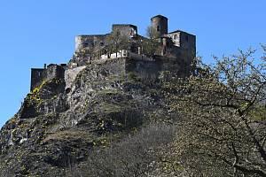 Po stopách starých pohlednic - hrad Střekov.