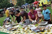Grillfest a velká letní oldies párty na Laguně.