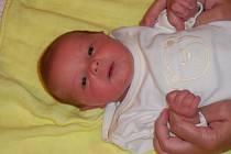 Lucie Kapicová se narodila v ústecké porodnici 11.8.2015 (8.24) Michaele Kapicové. Měřila 48 cm, vážila 2,77 kg.