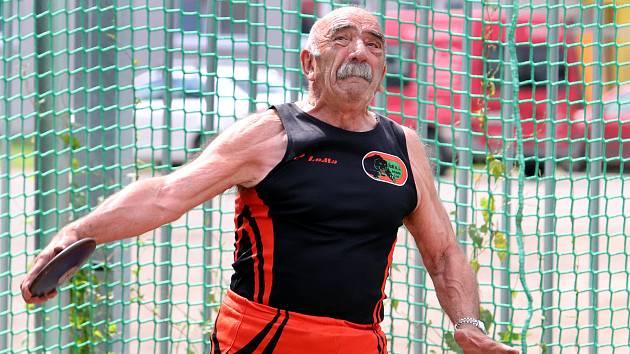 Atletický mítink Ústecké vrhy byl příležitostí k pilování formy před vrcholnými podniky. Václav Panocha - AC Ústí