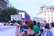 Ústí demonstrovalo proti Babišovi, Benešové a ostudě.