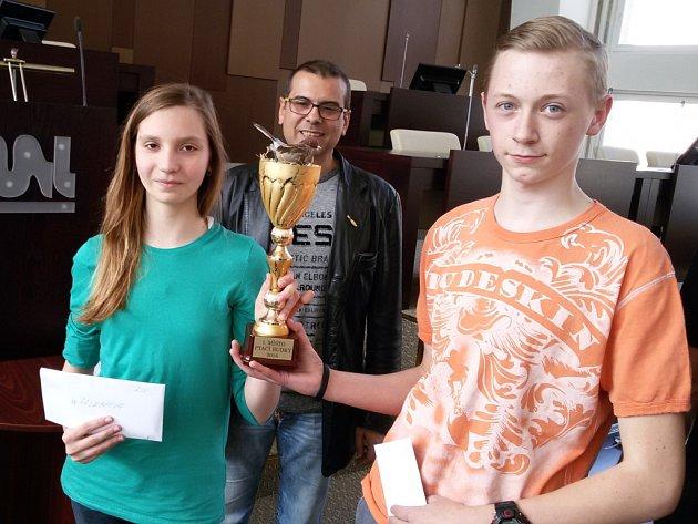 Odměnu za nejlepší ptačí budky si odnesli školáci ze ZŠ Palachova.