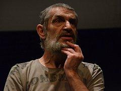 Reprízy Dona Quijota má Činoherák Ústí: pondělí 27. dubna a pátek 29. května.