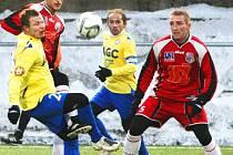 Ústečtí fotbalisté (v červeném) porazili v Tipsport lize Teplice 3:1. Nyní je čeká Most.