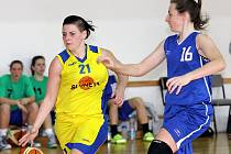 Basketbalistky Slunety Ústí vedou druhou ligu.