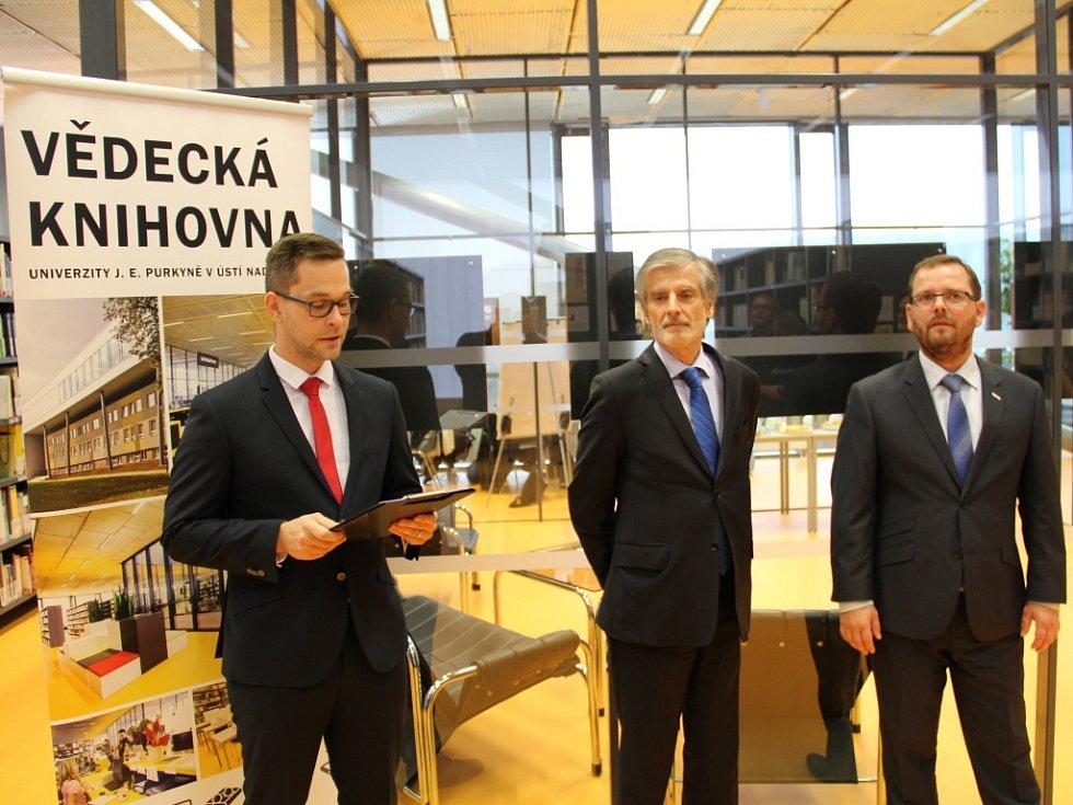 Na ústecké univerzitě J. E. Purkyně začaly Slovenské dny.