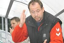 Trenér hokejbalistů Elby Jaroslav Pavlík.
