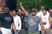 Demonstrace Romů proti extrémismu v Chomutově.