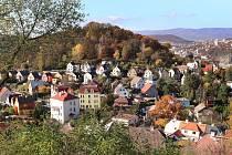 Vyhlídka Vlastimila Cajthamla je novým výletním cílem na území města Ústí nad Labem.  Střekov pod kopcem Malé Sedlo.