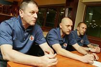 Návrat srbského trenéra Nikoliče (vlevo) do Ústí není jistý.
