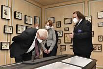 Příprava výstavy Naši Němci vrcholí