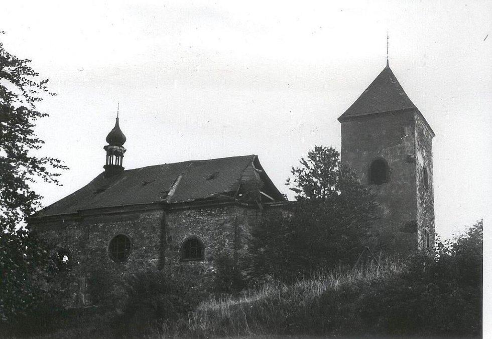 Kostel sv. Bartoloměje, Rychnov, 70. léta 20. století. Stav před demolicí.