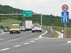 Sdružení Děti Země žádalo o obnovu řízení  k poslednímu úseku dálnice D8. Neuspělo. Ilustrační foto.