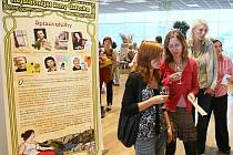 Slavnými ženami se může Ústí chlubit právem. Které to jsou, ukazuje výstava ve Foru.