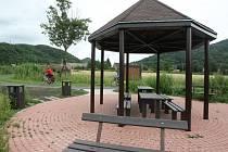 Upravená Labská stezka, jako je například u Malého Března na Ústecku, by mohla být na celém území Ústeckého kraje do konce roku 2013.