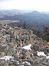 Pohled z vrcholu Klíče na Lužické hory