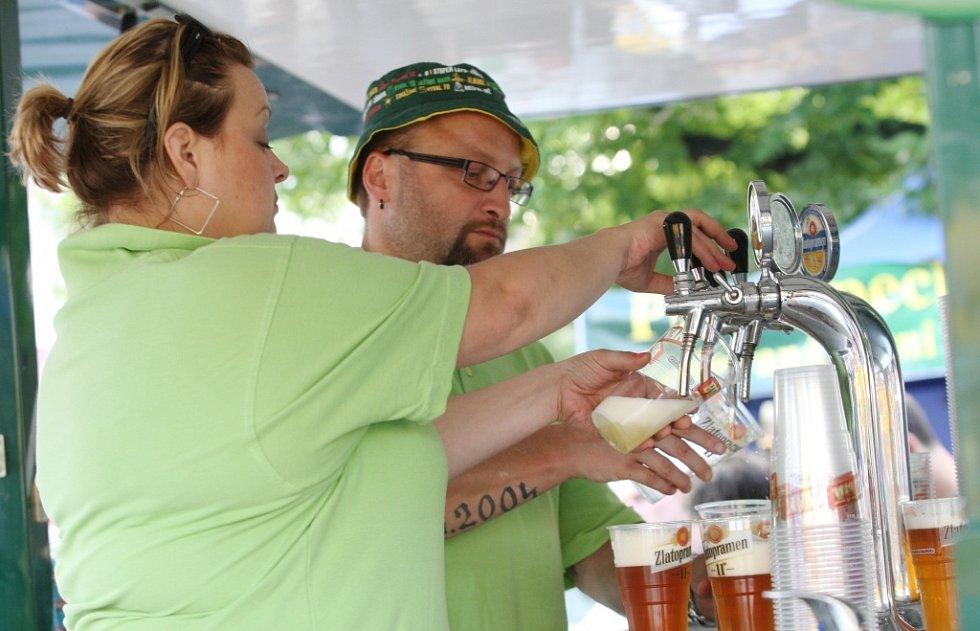 Litoměřické pivní slavnosti před rokem díky příznivému počasí přilákaly spousty milovníků národního nápoje.