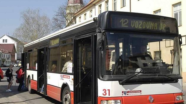 Autobus odváží Chabařovičany jen do Předlic