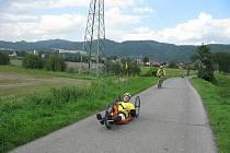 POSLEDNÍ ETAPA Tour de Labe Rotary HANDICAP 2010 21. září vedla po Labské stezce z Litoměřic do Děčína. Její účastníci si dostatečně vyzkoušeli její různorodý povrch.