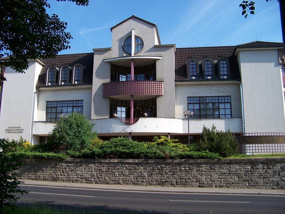 Severočeská vědecká knihovna bude od 12. dubna znovu otevřena.