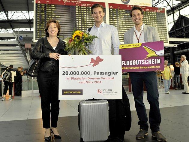 Letecký pasažér číslo 20 000 000 obdržel od Germanwings jako dárek poukázku na volný let pro dvě osoby.