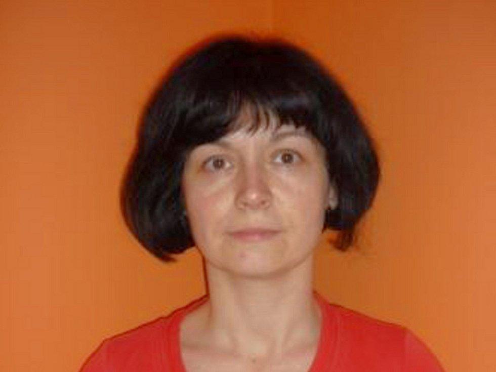 Ivona Nováková před proměnou.