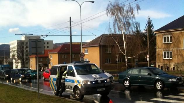 Nehoda v ulici Sociální péče.